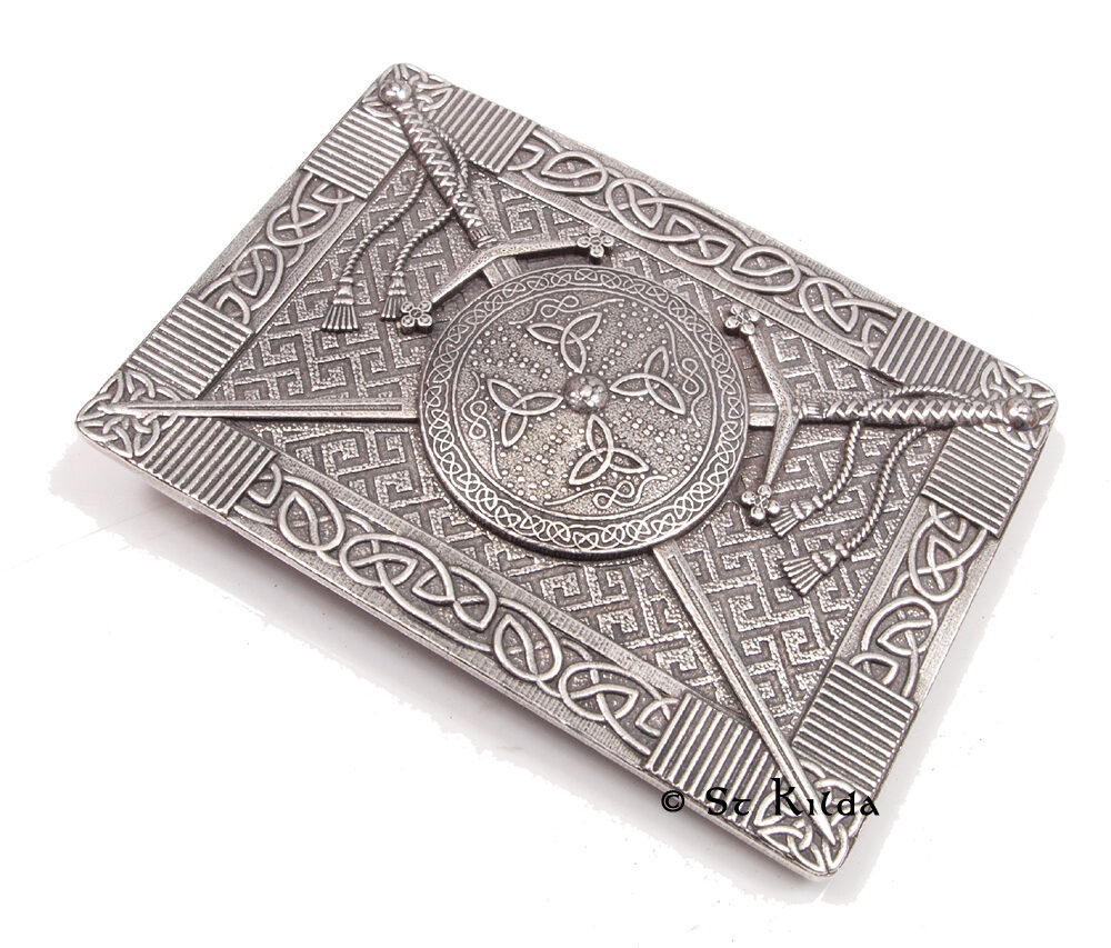 C-BBCLAY01 Claymore and Targe Belt Buckle